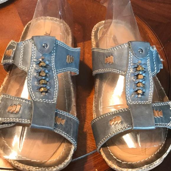 Earth Shoes - Earth shoe slip on Sandal Blue Tan Size 7